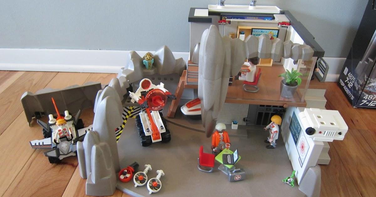Clever Wren Playmobil Secret Agent Headquarters