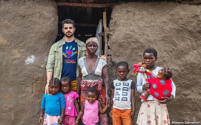 Alok faz show beneficente na África e arrecada R$ 400 mil para a construção de escola