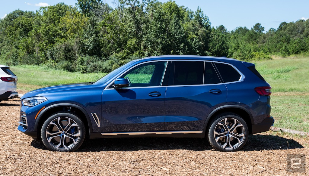 Hình Xe BMW X5 Ngoại Thất Xanh Nội Thất Đen Mới Nhất Đời 2019-2020 , xe 5 chỗ và 7 chỗ khác nhau điểm nào,