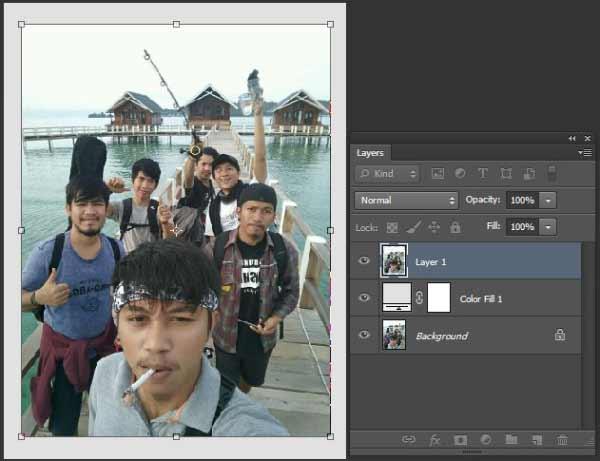 jumpa lagi di blog yang membahas seputar tutorial photoshop Cara Membuat Frame Foto Polaroid Di Photoshop