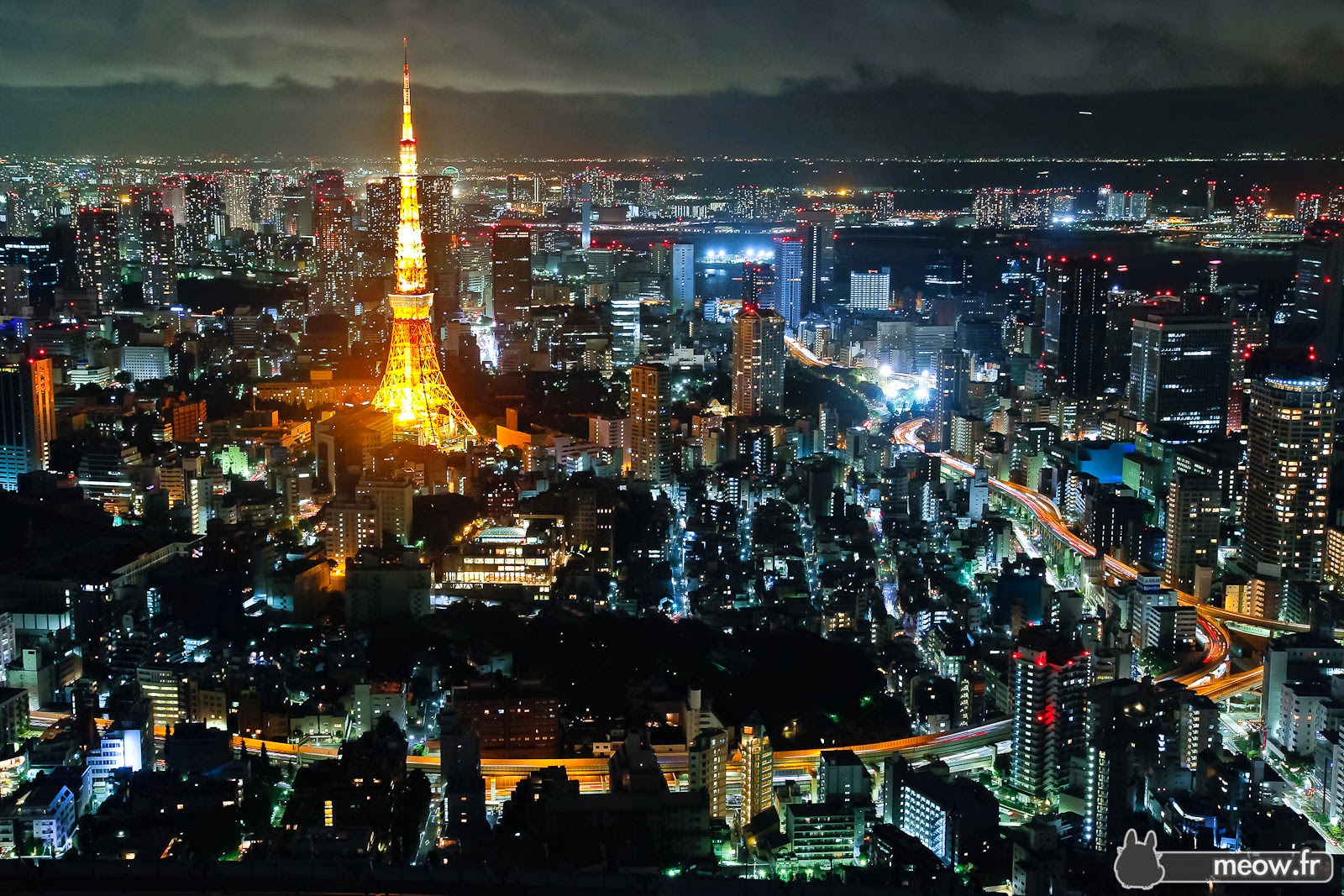 [Resim: tokyo-tower-night-roppongi-hills-iii.jpg]