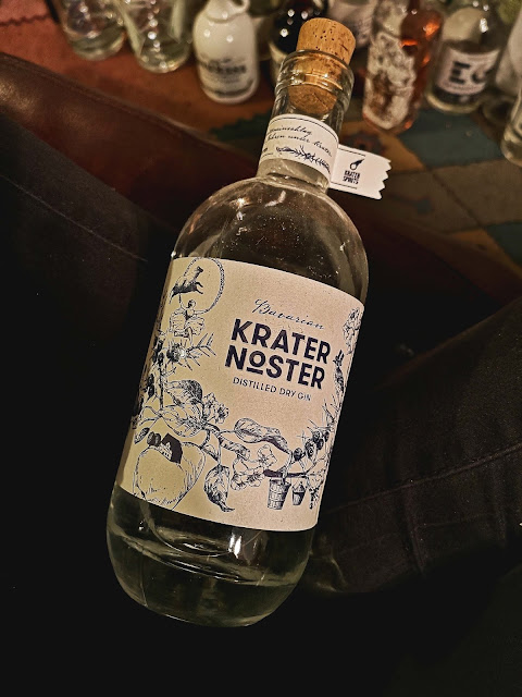 krater-noster-bavarian-dry-gin,scheible-braeu-&-spirituosen-gmbh,madame-gin,gin,collectionneur,la-collection