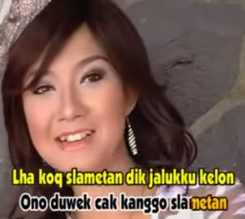 Kumpulan Lirik Lagu Dan Chord Gitar: Ratna Antika Feat