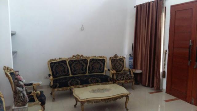 Ruang Tamu Rumah Mewah Modern Di Jalan Kemiri II Simpang Limun Medan Sumatera Utara - 0812 8383 8397