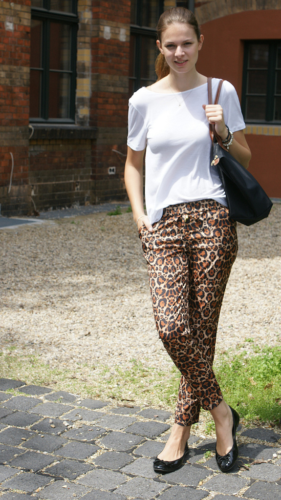 Ballet Slippers Leo Pants And Ballet Flats Casual Look