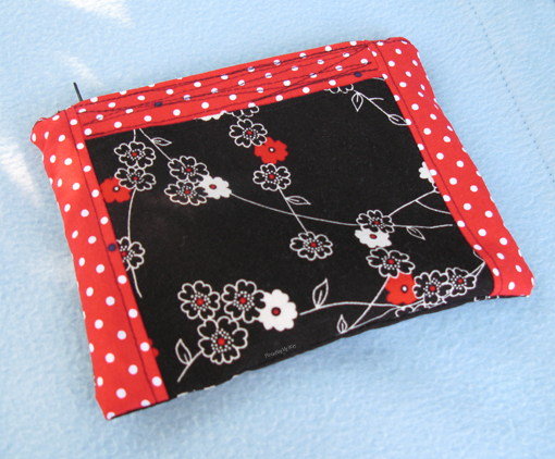 Small Purse ~ Threading My Way