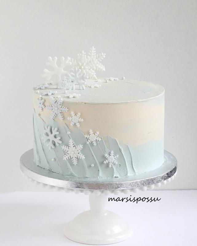 lumihiutalekakku