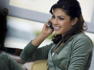 Priyanka Chopra Normal Resolution HD Wallpaper 2