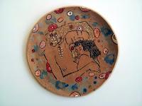 grande piatto ceramica fatto e decorato a mano motivo klimt le tre età mother and child