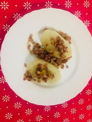 Pyzy ziemniaczane z mięsem mielonym, z ziemniaków gotowanych