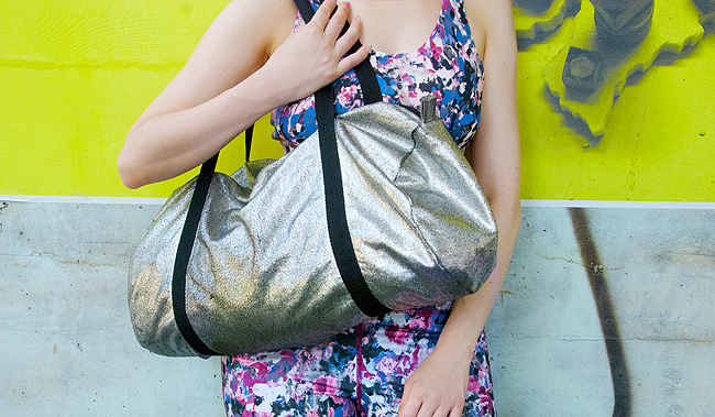 Sports bag, metallic, blogger