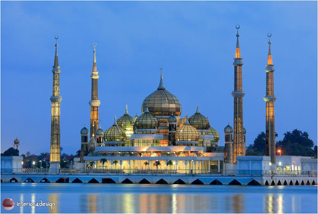 World's 5 Most Beautiful Mosques 1