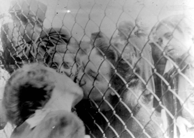 Γιώργος Κοζίας - Μνήμες Ολοκαυτώματος