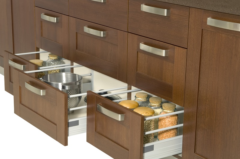 Few Notable Advantages Of Hiring Expert Kitchen Cabinet