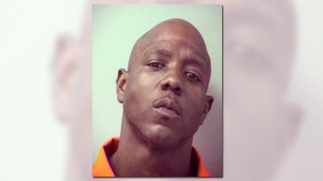 Narcotraficante llama a policía a denunciar que lo robaron