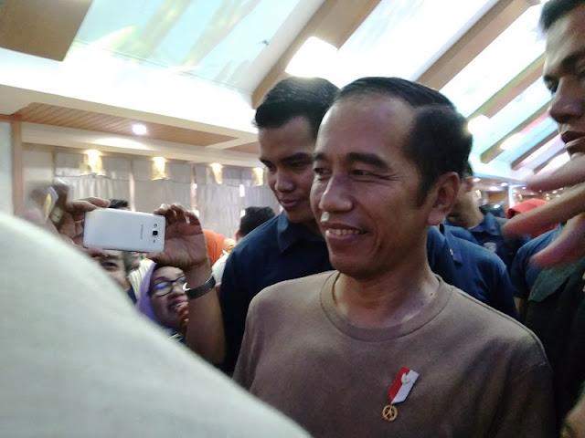Curhat Kurang Istirahat, Jokowi: Saya Seperti Mesin