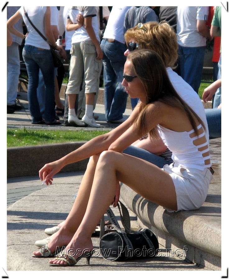 Russian Street Style and Summer Fashion