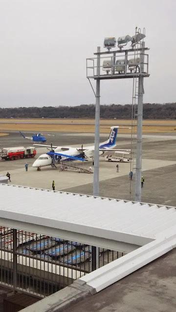 熊本空港でみたプロペラ機