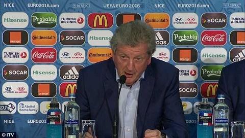 Roy Hodgson trả lời phỏng vấn tuyên bố từ chức