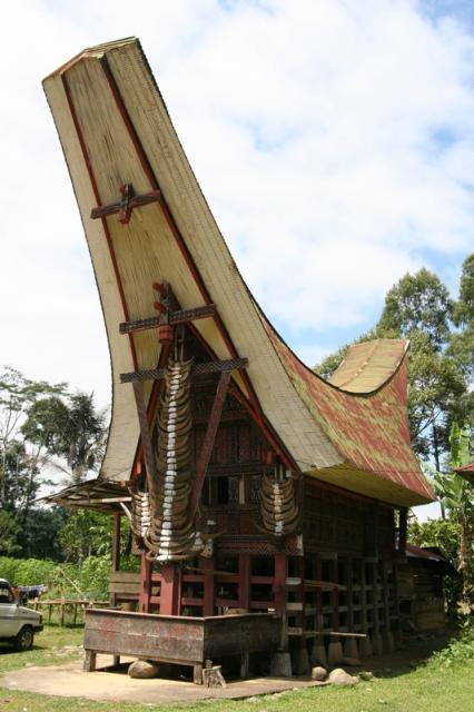 Gema Budaya Mengenal Tongkonan Sebagai Rumah Adat Toraja
