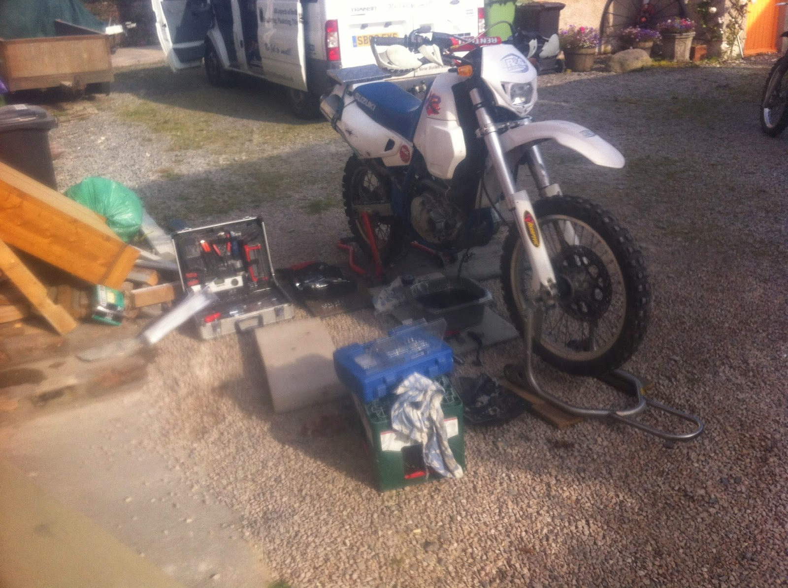 So armed with a laptop that had the workshop manual on it, plenty of tools,  the replacement clutch kit & some determination, off he set to change out  the ...