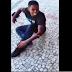 [VÍDEO]Bandido é baleado e chora igual bebê após tentar assaltar loja no RJ