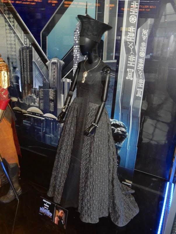 Black Panther Ramonda film costume