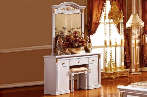 Sang trọng với những mẫu bàn trang điểm gỗ tự nhiên đẹp màu kem