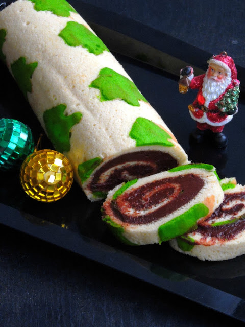 Christmas tree patterned Swiss roll