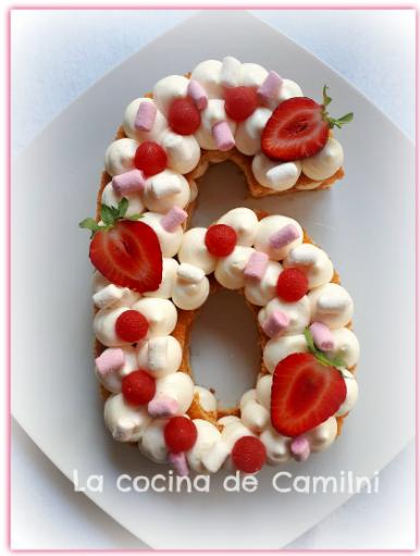 Tarta Adikosh de Números y Letras decoradas (La cocina de Camilni)