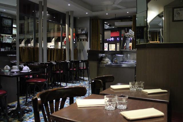 Restaurante Café Constant em Paris