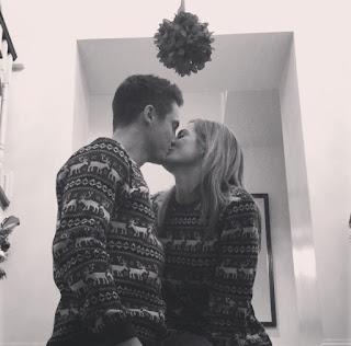 Tyler Bozak and his Wife Molly Robinson Kissing
