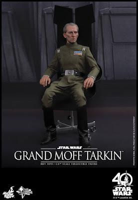 Imágenes de Grand Moff Tarkin y Darth Vader 1/6 Scale - Hot Toys