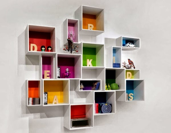 Rak buku minimalis dipasang di dinding