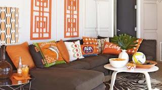 sala gris naranja