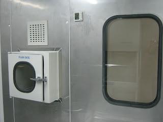 thiết bị phòng vi sinh , thiết bị phòng sạch , pass box, cửa phòng sạch ,