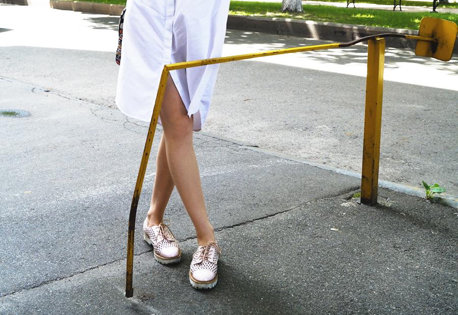 Платье-рубашка стрит-стайл блоггеров