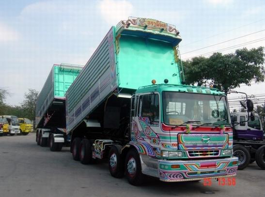 dump truk modifikasi hino tronton
