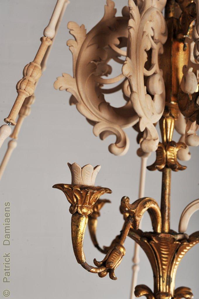 ornamentschnitzer patrick damiaens rokoko kerzenkronleuchter restaurator ornamenten und. Black Bedroom Furniture Sets. Home Design Ideas
