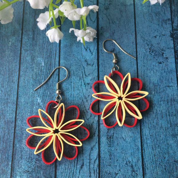 red and cream quilled flower earrings