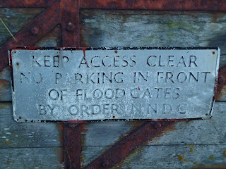 Faded Keep Access Clear Sign