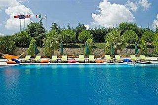elite-hotel-dragos-açık-havuz-fotoğrafı