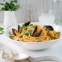 http://siasoulfood.blogspot.de/2015/09/spaghetti-mit-miesmuscheln-und-tomaten.html