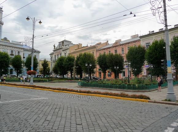 Черновцы. Центральная площадь – сердце города