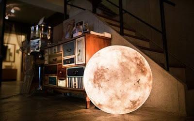 بالصور اصنع بنفسك قمرا منيرا في غرفتك !