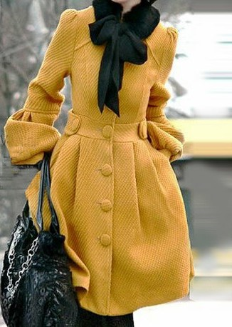 Winter Parisienne Chic: Black, Gray, & Mustard