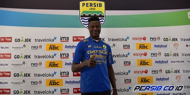 Alasan Persib Bandung Merekrut Ezechiel Bukan Erivelto Atau Reinaldo