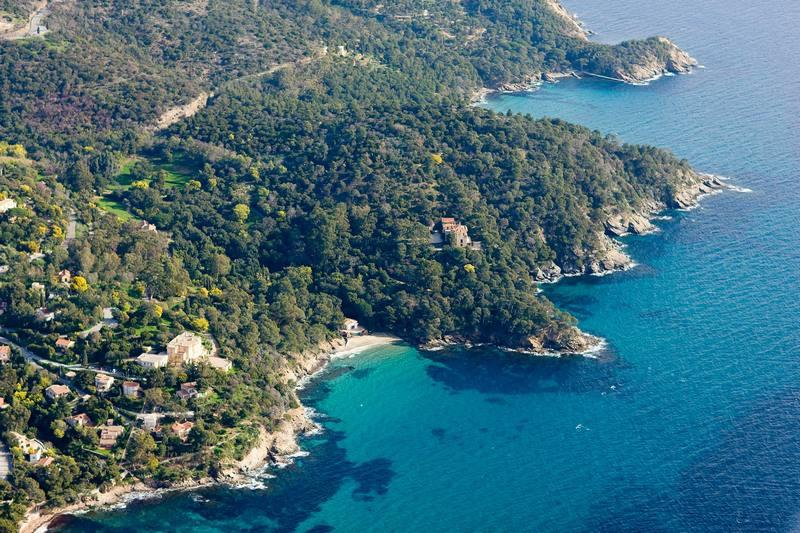 "Domaine du Rayol Maures (""Massif des Maures""), Provenza-Alpes-Costa Azul."