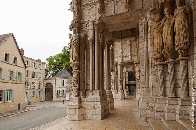Chartres lugares bonitos cerca de Paris viaje Francia en coche