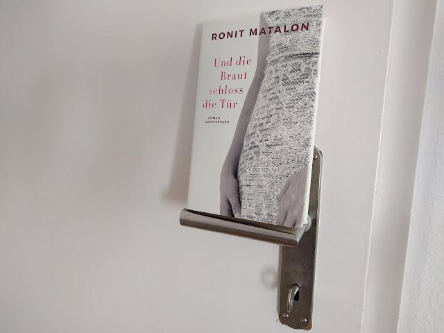 https://www.randomhouse.de/Buch/Und-die-Braut-schloss-die-Tuer/Ronit-Matalon/Luchterhand-Literaturverlag/e524483.rhd